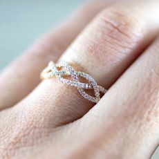 New Fashion Women Rose Gold Crystal Wedding Ring Luxury Twist Cubic Zirconia Engagement Bridal Ring