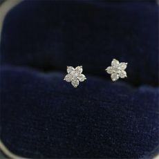 Gold Pavé Crystal Five-pointed Star Earrings Women Simple Fashion Wedding Jewelry