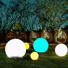 Waterproof LED Garden Ball Light Outdoor Lawn Lamps Rechargeable Christmas Party RGB Landscape Swimming